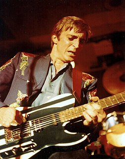 Mick Ronson English guitarist, songwriter, multi-instrumentalist, arranger and record producer