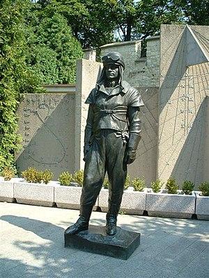 Milan Rastislav Štefánik - Štefánik's statue on Prague's Petřín