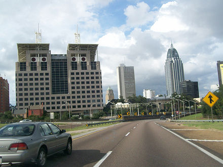 I-10 eastbound in downtown Mobile approaching the George Wallace Tunnel Mobile Alabama I-10 downtown.jpg