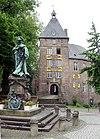 Moerser Schloss mit Standbild.jpg