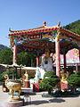 Monastery of Ten Thousand Buddhas 萬佛寺 (5379565831).jpg