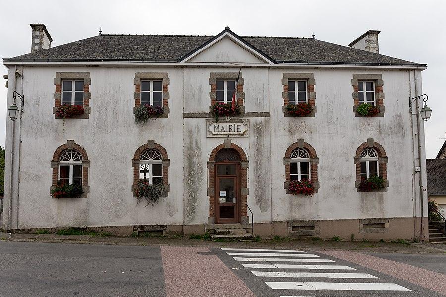 Mairie de Monteneuf.