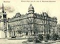 Montreal. Windsor-Hotel, and Sir John A Macdonald Monument.jpg