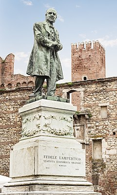 Monument to Fedele Lampertico (Vicenza).jpg