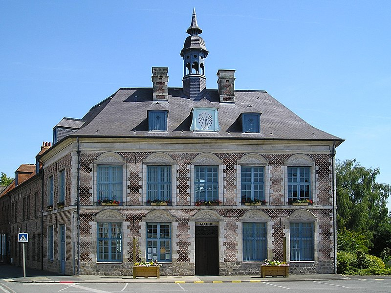 Fichier:Morbecque - La Mairie.jpg