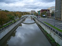 Moscow, Preobrazhenskaya and Rusakovskaya embankments of the Yauza River (2006).jpg