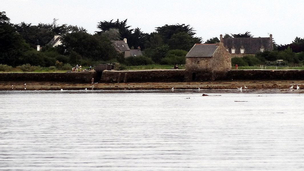 The Berno's tide mill, located on the île-d'Arz, seen from the Golf of Morbihan.