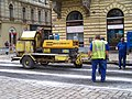 Myslíkova, stroj u Křemencovy ulice.jpg