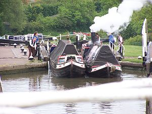 President (narrowboat) - NB President and Kildare - Soulbury Locks