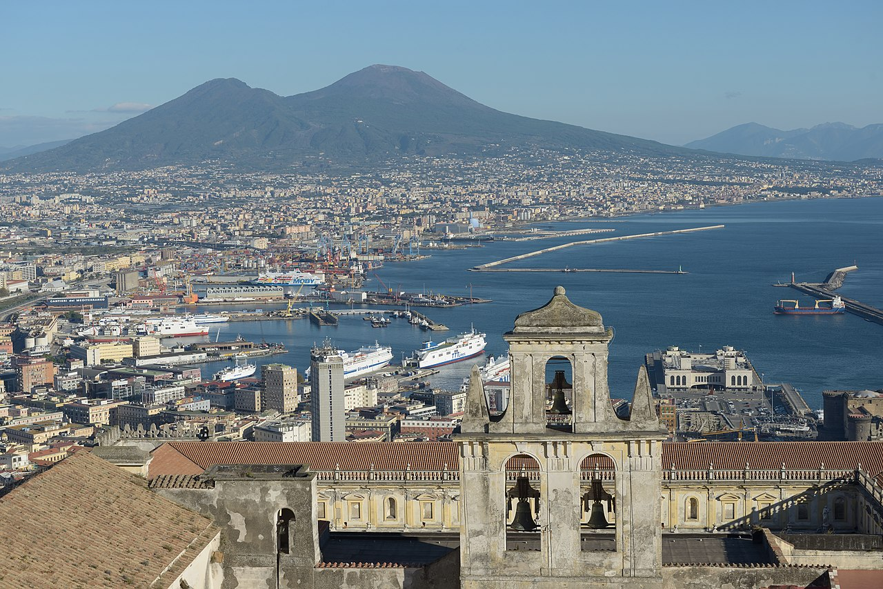 1280px Naples from the Castello Sant Elmo with Abbazia San Martino the port and the Vesuv