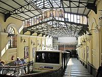 Napoli - Funicolare Centrale (Vomero).jpg