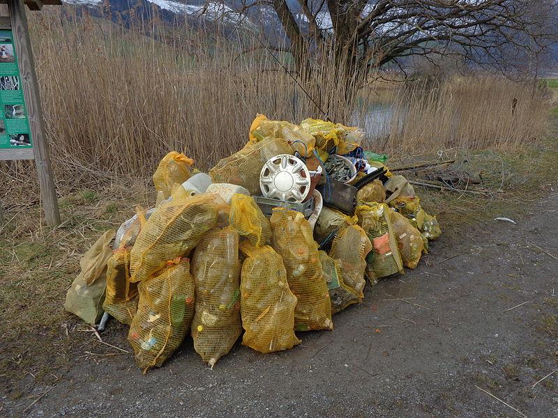 File:Naturschutzgebiet2.JPG
