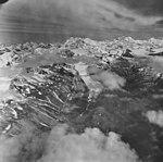 Nenana Glacier, valley glacier, July 29, 1971 (GLACIERS 5212).jpg
