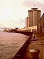 New Orleans 1977 World Trade Mart on the Mississippi River Front.jpg