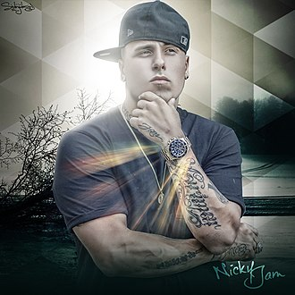 Nicky Jam - Image: Nicky Jam (10998778535)