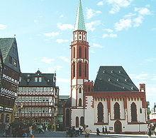 La Alte Nikolaikirche sul Römerberg