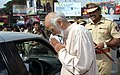 Noted Cartoonist Mangesh Tendulkar and DCP (Traffic) Vishwas Pandhare during traffic awareness campaign in Pune.jpg