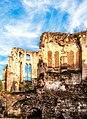 Noyon, Ruine der bischöflichen Kapelle.jpg