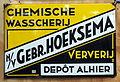 Nv Gebr Hoeksema, Chemische Wasscherij Ververij, emaille reklame bord.JPG