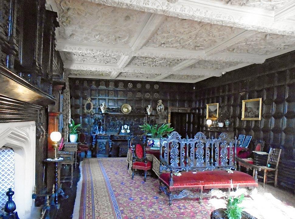 Oak parlour, Speke Hall 5