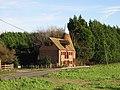 Oast house on Wingham Well Lane. - geograph.org.uk - 311637.jpg