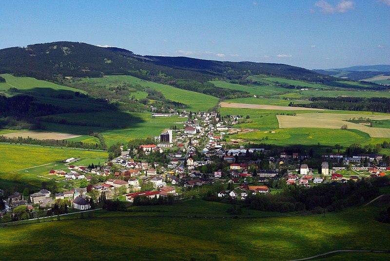 File:Obec-Cervena-Voda-01.jpg