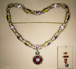 Order of Sikatuna - Grand Collar and miniature with ribbon bar.png