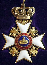 Order of the Wendish Crown commander badge (Mecklenburg-Strelitz 1880-1900) - Tallinn Museum of Orders.jpg