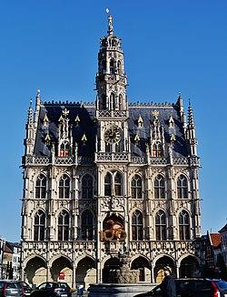 Oudenaarde Rathaus 4.jpg