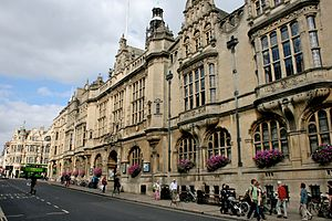 St Aldate's, Oxford - St Aldate's, looking north towards Carfax, with the Town Hall on the east side of the street