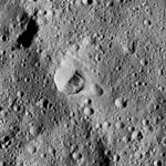 PIA20680-Ceres-DwarfPlanet-Dawn-4thMapOrbit-LAMO-image100-20160418.jpg