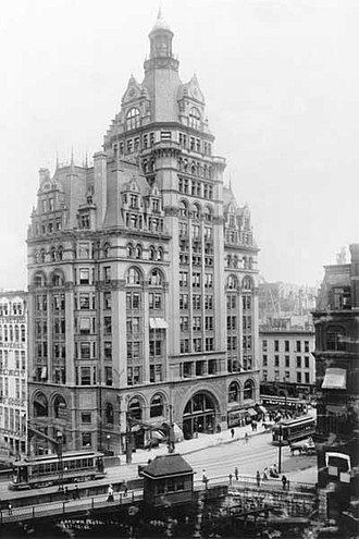 Pabst Building - Image: Pabst Building Wisconsin Ave. pre 1908 B&W 720full
