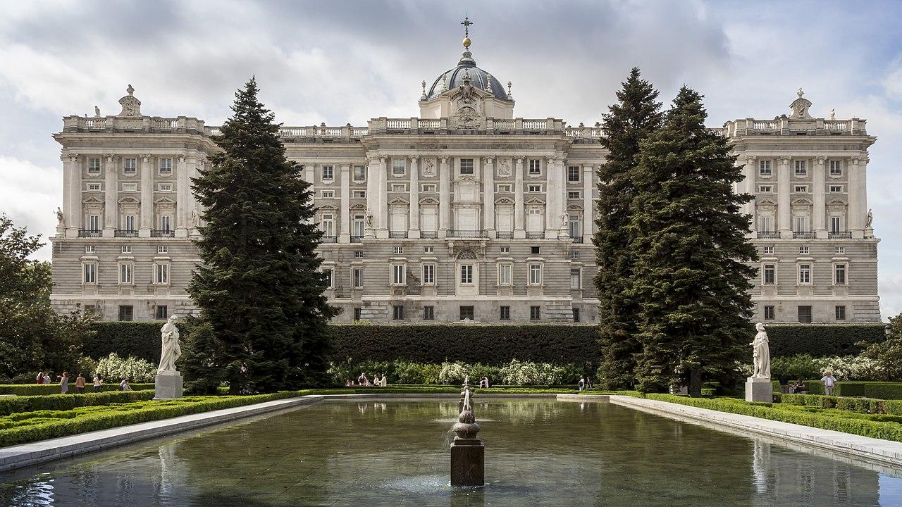 Dosya palacio real vikipedi - Jardines palacio real madrid ...