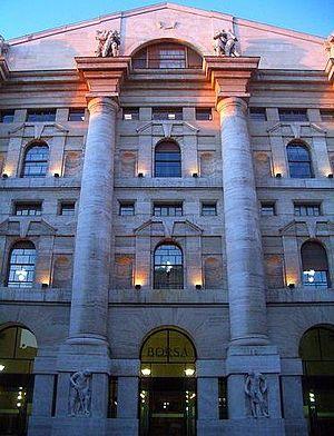 Palazzo mezzanotte, Milan
