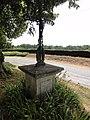 Pargnan (Aisne) croix de chemin.JPG