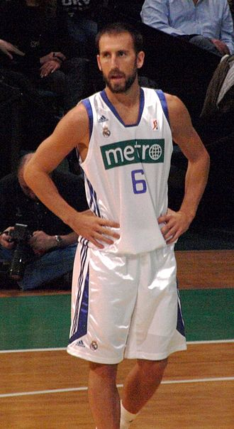 "Atlantic 10 Conference Men's Basketball Player of the Year - At Temple, Juan ""Pepe"" Sánchez won the award in 2000."