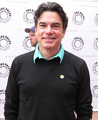 Peter Gallagher w 2009 roku