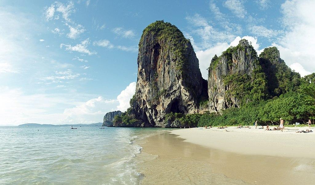 Krabi Best Beach Bars