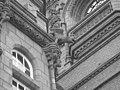 Pierhead Building - Gargoyle - panoramio - Hänsel und Gretel.jpg