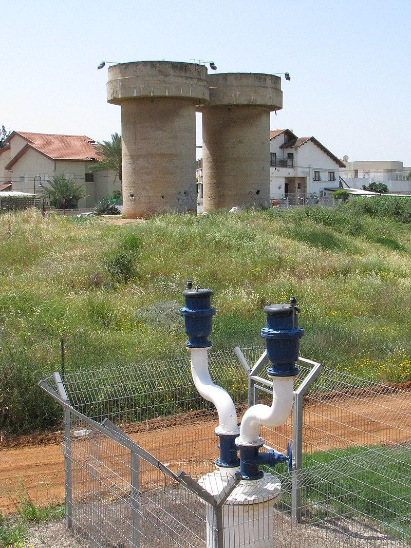 """מגדלי המים בבני עיי""""ש"""