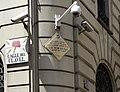 Placa Victor Hugo, esquina calle del Clavel con calle de la Reina.jpg