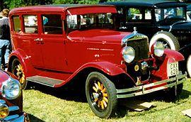 270px-Plymouth_30-U_4-Door_Sedan_1930.jpg