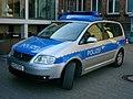Polizeidienstfahrzeug-Niedersachsen.jpg
