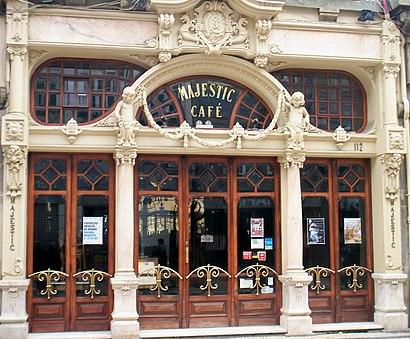 Como chegar a Café Majestic através de transportes públicos - Acerca do local