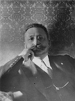 Mario Lago - Portrait photograph of Mario Rodi Lago, 1929