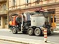 Praha, Smíchov, Plzeňská, přeprava litého asfaltu,.JPG
