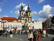 http://upload.wikimedia.org/wikipedia/commons/thumb/6/6f/Praha_Old_Town_sq_from_St_Nicholas.JPG/220px-Praha_Old_Town_sq_from_St_Nicholas.JPG