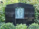 Preungesheim, Friedhof, Grab Schneider.JPG
