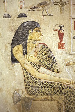 Princess Nefertiabet before her meal-E 15591-IMG 9647.JPG