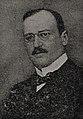 Professor Dr. Arthur Schloßmann, 1907.jpg